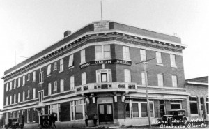 Grand_Union_Hotel_Athabasca_Alberta